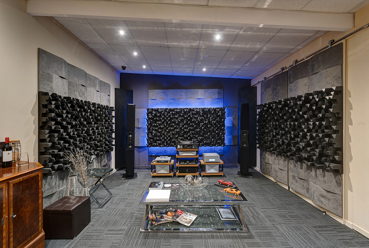 Images of Tivoli HiFi Studios and equipment