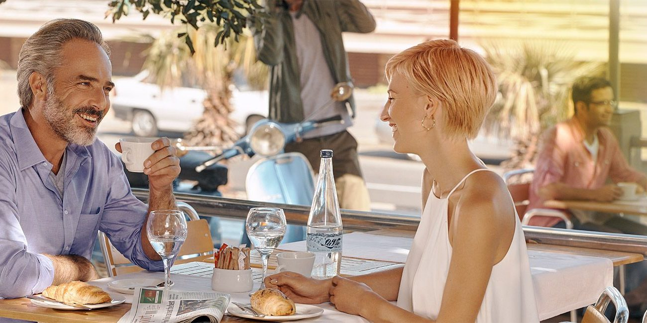 primax-situation-1_street-cafe_1800x650px
