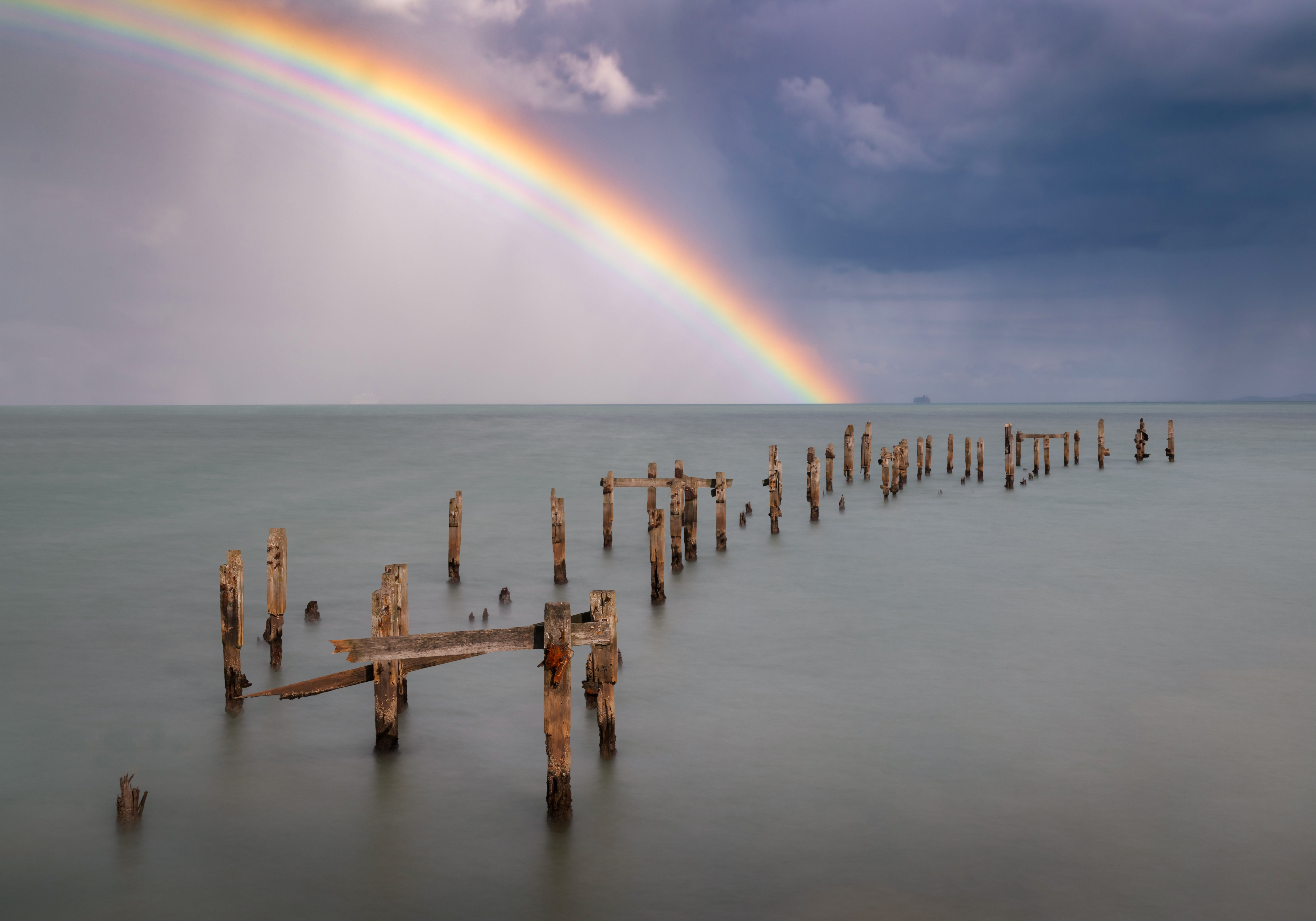 Intense,Rainbow,Over,The,Old,Pier,In,Swanage,Bay