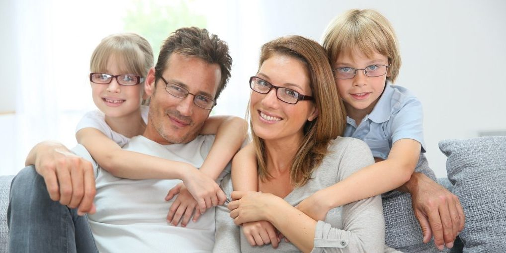 Eyeglass lens replacement