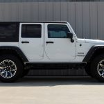 white 2015 jeep wrangler unlimited jk right side angle