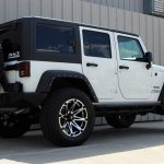 white 2015 jeep wrangler unlimited jk right rear angle