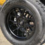2020 Yellow Jeep Wrangler JL 20×10 Fuel Offroad Tech Wheels 35x12.50R20 Suretrac Radial A/T Tires