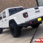 """2020 White Rubicon JT Gladiator 2.5"""" Rough Country Suspension spacer lift kit 17x9 XD Series 140 wheels satin black 35"""" tires"""