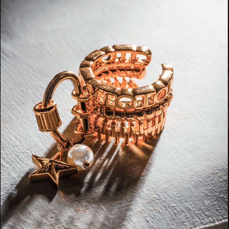 The Myriad Charm Ring